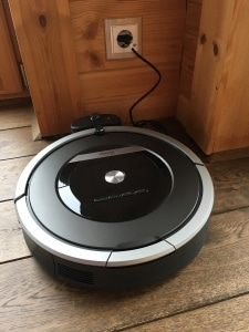 Roomba 871 in der Ladestation